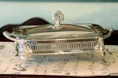 Sheridan Silver Plate Loaf Pan Stand with Glass Baking Dish and Lid - Buffet Serving Set - Ornate Finial
