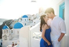 Love in Santorini (Greece). Pre-wedding photoshoot by Anthony P Wedding Photography. www.anthonyweddings.com