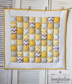 Sunshine puff quilt in yellow and grey. So adorbs!