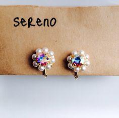minne(ミンネ)| キラキラお花のイヤリング