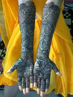 "re wondering to get the inspiration about Bridal Mehendi Designs then we are here to help you. So Checkout Beautiful Bridal Mehendi Designs For Wedding"" Henna Hand Designs, Mehandi Designs, Mehandi Design For Hand, Legs Mehndi Design, Mehndi Design Pictures, Mehndi Images, Tattoo Designs, Pakistani Mehndi Designs, Latest Bridal Mehndi Designs"