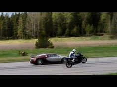 Bugatti Veyron 16:4 vs BMW S1000RR (one wheel) 50-300 km/h GTBOARD.com Event Sweden May 2013