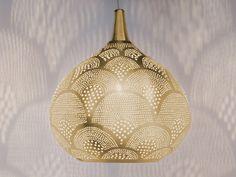 ZENZA Princess Fan Gold Pendant Light