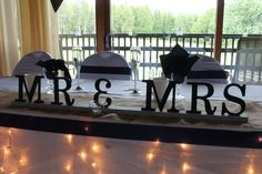 Mr and Mrs, Mr and MR or Mrs and Mrs signs