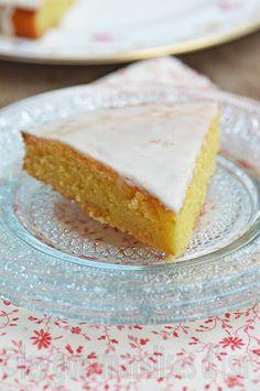 Je revisite mes classiques de desserts français, ceux que je connais bien pour en avoir mangés souvent quand je restais en France, comme ...