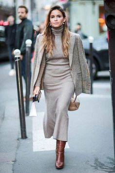 Marie claire does an edit of all the best action on the streets at Paris Fashion Week. From Olivia Palermo to Miroslava Duma these are the looks we love. Winter Fashion Outfits, Women's Fashion Dresses, Look Fashion, Street Fashion, Fall Outfits, Casual Outfits, Womens Fashion, Fashion Tips, Paris Fashion