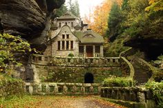Abandoned Houses, Abandoned Places, Prague, Bon Jovi Always, Old World Charm, Black Forest, Czech Republic, Places To Go, Castle