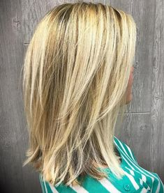 Medium-To-Long+Layered+Blonde+Hairstyle with V cut layers. Low maintenance for s… Medium-To-Long+Layered+Blonde+Hairstyle with V cut layers. Low maintenance for straight hair V Cut Layers, Medium Length Hair Cuts With Layers, Medium Hair Cuts, Blonde Hair Styles Medium Length, Hair Layers, Medium Layered Haircuts, Medium Hairstyles, Haircut Medium, Bob Hairstyles