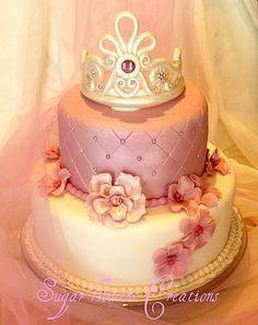 P2121103 Bolo Barbie, Barbie Cake, Baby Shower Desserts, Baby Shower Cakes, Bolo Fack, Princess Diaper Cakes, Queen Cakes, Adult Birthday Cakes, Baby Shower Princess
