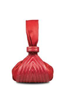 Meredith Wendell Cruise 2013 Tango, Beautiful Handbags, Red Lipsticks,  Designs, Leather Clutch e655f30ba9