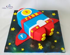 SPACESHIP CAKE  When you are turning 3 the sky is the limit. So what better way to celebrate than with a spaceship cake. This fondant covered sculpted buttercake sat on top of the cool airbrushed board with fondant stars  www.cakesbythelake.com.au www.instagram.com/cakes_by_the_lake