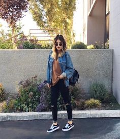 What jeans to wear with vans best outfits Que jeans usar com vans melhores roupas Tumblr Fall Outfits, Hipster Outfits, Casual Fall Outfits, Casual Jeans, Boho Outfits, Jean Outfits, Outfits For Teens, Summer Outfits, Cute Outfits