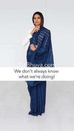 Latest Indian Fashion Trends, Indian Fashion Dresses, India Fashion, Saree Wearing Styles, Saree Styles, How To Wear A Sari, Farewell Sarees, Draping Techniques, Drape Sarees