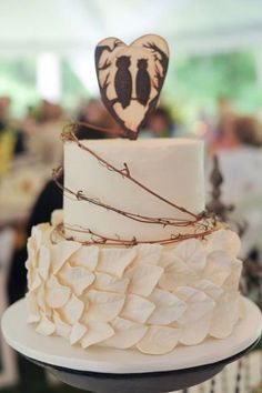 35 Lovely Rustic-Inspired Country Wedding Cakes | Weddingomania - Weddbook