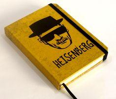 Caderno artesanal estilo sketchbook, formato pocket, com o tema Breaking Bad.