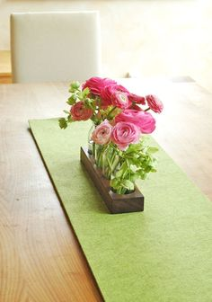 Vasen - *4* Milchkanne aus Nuss, Holzvase, Blumenvase,Vase - ein Designerstück von kerfra bei DaWanda