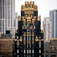 Bryant Park Hotel, Mentor Of The Billion, Different Architectural Styles, 1920s Photos, Magical Home, Art Deco Buildings, Chicago Tribune, Art Deco Period, Amazing Architecture