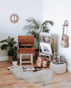 victoriaajenks . . . #room #aesthetic #plants