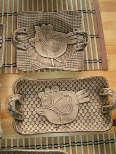 Výsledok vyhľadávania obrázkov pre dopyt velikonoční keramika Slab Pottery, Pottery Painting, Modern Art, Clay, Projects, Inspiration, Ideas, Pottery, Clays