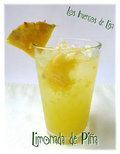 Otra rica y refrescante bebida para estos días de calor.     Esta receta aunque fácil, pasé un poco de trabajo LOL.     A mi esposo le gust...