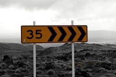'Road sign New Zealand' von stephiii bei artflakes.com als Poster oder Kunstdruck $15.68