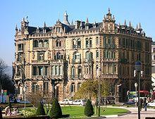 Vizcayab Bilbao -Palacio Chávarri, sede de la Subdelegación del Gobierno Civil.