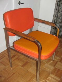 Kijiji chaise vintage 45 buy or cry pinterest vintage for Chaise bercante kijiji