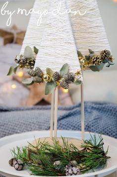 Christmas Crafts To Make, Diy Christmas Tree, Christmas Past, Christmas Decorations To Make, Simple Christmas, Diy Bottle, Bottle Crafts, Jar Crafts, Decor Crafts