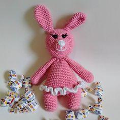 Essa é a Lina coelha bailarina! Prontinha para ser a melhor amiga de alguém.  Feita com fio Anne duplo 100% algodão macia e antialérgica.  http://ift.tt/2gpXWBx  Design de amigurumi today.  #crochet #crochet #aceitoencomendas #artesanato #baby #amigurumi #babytoys #babydecor #semprecírculo #anne #coelha #bebe #brinquedodebebe #newborn