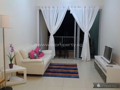 2BR condo unit for rent in Balestier area. 2,600 SGD / month. No agent fee.  All details and contact here: http://www.ezproperty.sg/listing/The-Interweave_Condo_for-rent_4823  We promote listings posted on EZProperty.sg at no cost, it just needs to look good and be priced right.  #Singapore #2BR #Condo #ForRent #Balestier