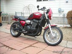 2000 Triumph Legend TT Pretty sure we had one of these at one time!  So much fun!