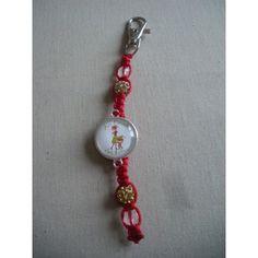 Porte-clés personnalisé, fil rouge perles crèmes