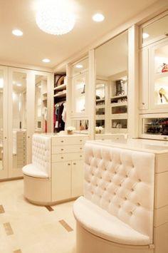 Luxuary closet
