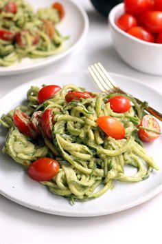 Avocado Basil Pesto Zucchini Noodles - Hummusapien This creamy Avocado Basil Pesto Zucchini Noodles recipe makes a light and refreshing side dish any time of year! Vegan and gluten-free. Pesto Zucchini Noodles, Zucchini Noodle Recipes, Zoodle Recipes, Vegetarian Recipes, Cooking Recipes, Healthy Recipes, Recipe Zucchini, Cooking Tips, Zuchinni Recipes