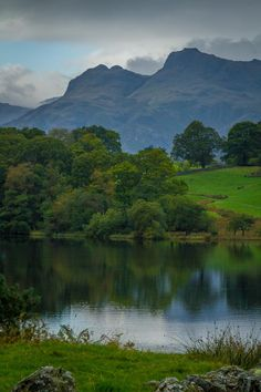 Langdale Pikes from Loughrigg Tarn, Lake District, Cumbria - Clickasnap Landscape Photos, Landscape Photography, Nature Photography, Cumbria, All Nature, Amazing Nature, Lake District, Nature Sauvage, British Countryside