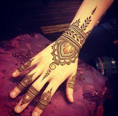 Simple Modern #Henna.