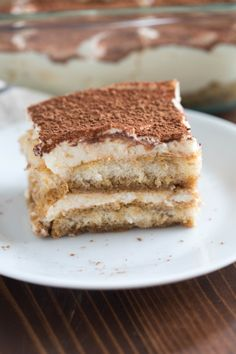 Creamy, delicious and unbelievably EASY tiramisu, homemade in just 10 minutes!
