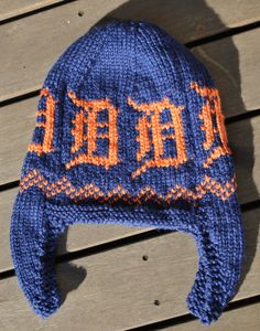 Pattern for Detroit Tigers Knit Hat with chart for the Old English D - I made this hat (see it on my Ravelry page) with a single D. Love it!