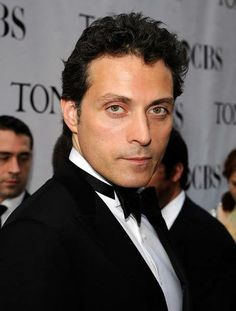 ♥ Rufus Sewell ♥ https://www.facebook.com/photo.php?fbid=472361256197314&set=a.140590706041039.20807.136550999778343&type=1&relevant_count=1