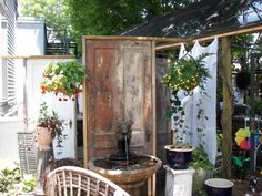 Eclectic garden hideaway