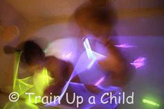 Glow Bath ~ Learn Play Imagine