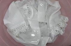 Every housewife wants her white clothes to be white just like the snow. That would be the ideal color for all white laundry in the house. But, if often happens, after some time, these white clothes an. Cleaning Solutions, Cleaning Hacks, Laundry Solutions, Cleaning Products, How To Whiten Clothes, Laundry Hacks, Home Hacks, Clean House, Home Remedies