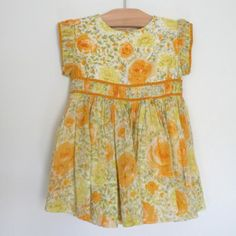 Vintage baby dress.  I'd love to make a shirt in this style / fabric in my size!
