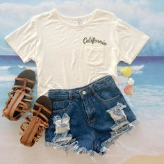 How about this simple white tee for this summer?Matching with a   destroyed denim shorts.Just $8.99.More surprise just check Oasap.com.