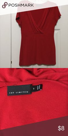 Short Sleeve Top The Limited short sleeve, v neck top. Size medium. In good condition. The Limited Tops