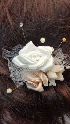 Prom Corsage And Boutonniere, Corsage Wedding, Wedding Hair Pins, Boho Wedding, Wedding Ideas, Flower Hair Accessories, Wedding Accessories, Flowers In Hair, Fabric Flowers