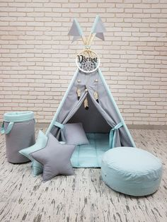 pillows stars(pink/grey) and one light grey square and one white cloud)+ flags+ basket for toys+ pouf + bunting banner with flags (length to e confirmed )+ wood dream catcher Kids Wigwam, Kids Tents, Teepee Kids, Teepees, Baby Teepee, Teepee Play Tent, Childrens Teepee, Diy Bebe, Cloud Pillow