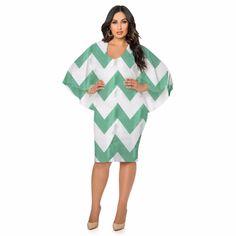 Vestido Plus Size em Chiffon Gola V