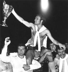 Chelsea are the European Cup Winners Cup champions after beating Real Madrid 1971 Chelsea Blue, Chelsea Fans, Chelsea Football, Peter Bonetti, Fc 1, European Cup, Fa Cup, Love Affair, Real Madrid