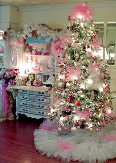 Penny's Vintage Home: Festival of Christmas Trees--I know some granddaughters that would go nuts over this!